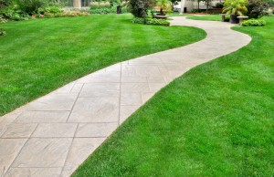 landscaping walkways at a Delaware home